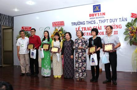 Lễ trao giải thi thơ Facebook Trường Duy Tân lần thứ 3